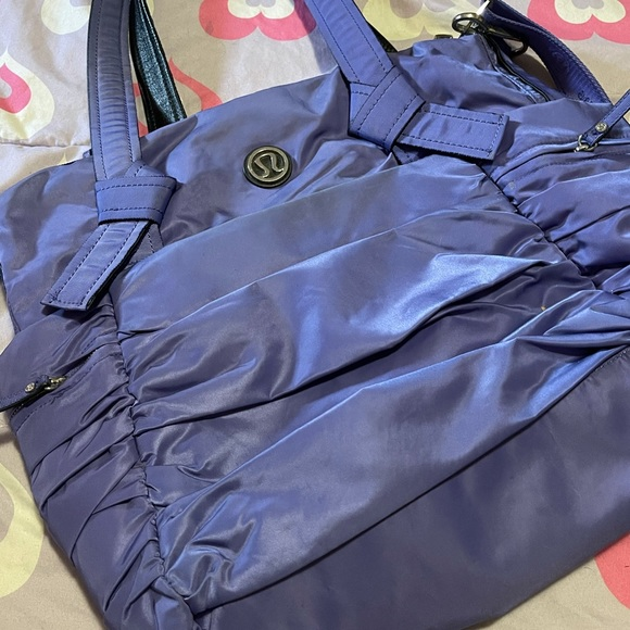 💜 Lululemon Persian Purple Triumphant Tote Bag 💜